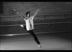 imran-jump2